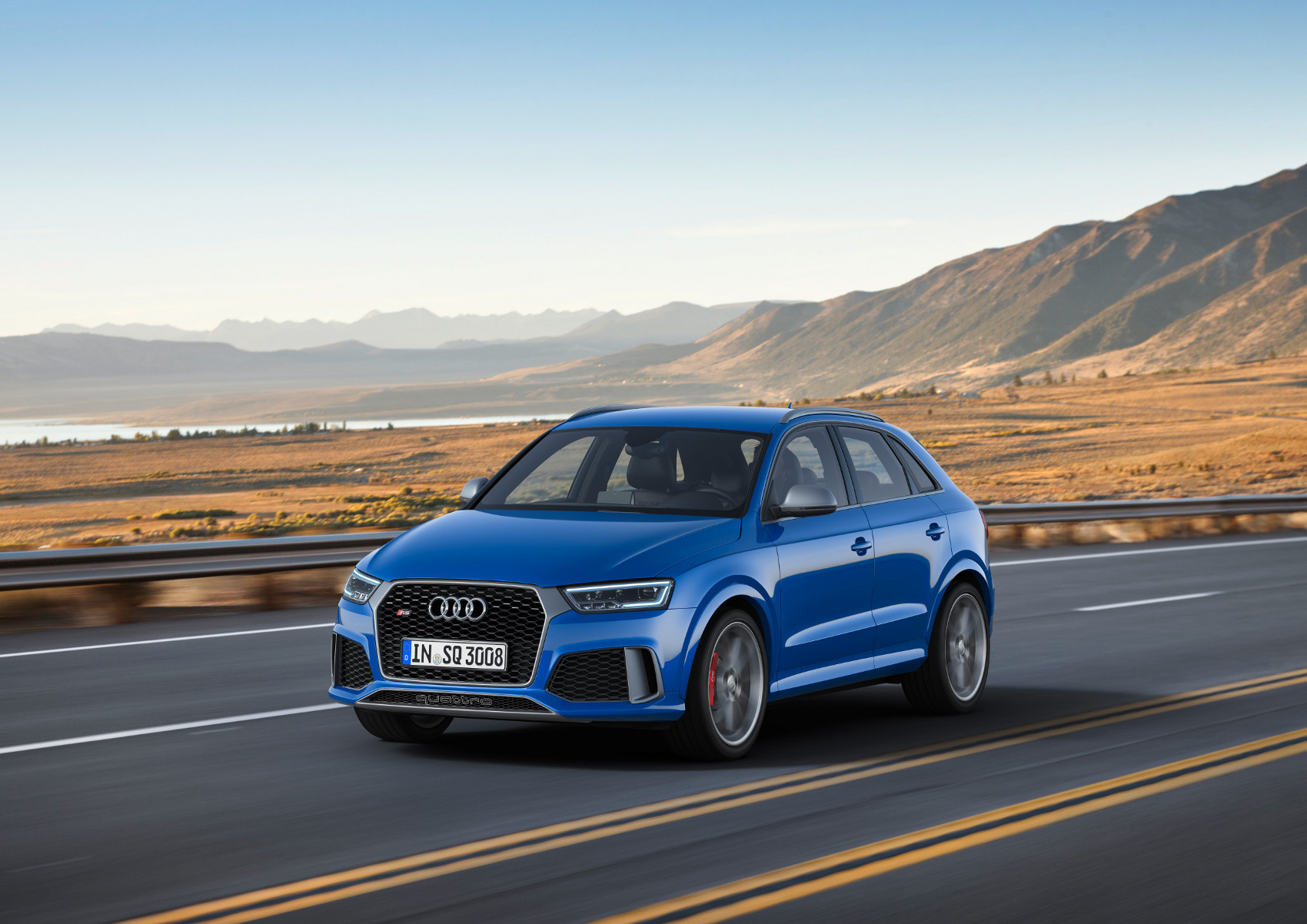 1-audi-rs-q3-performance.jpg