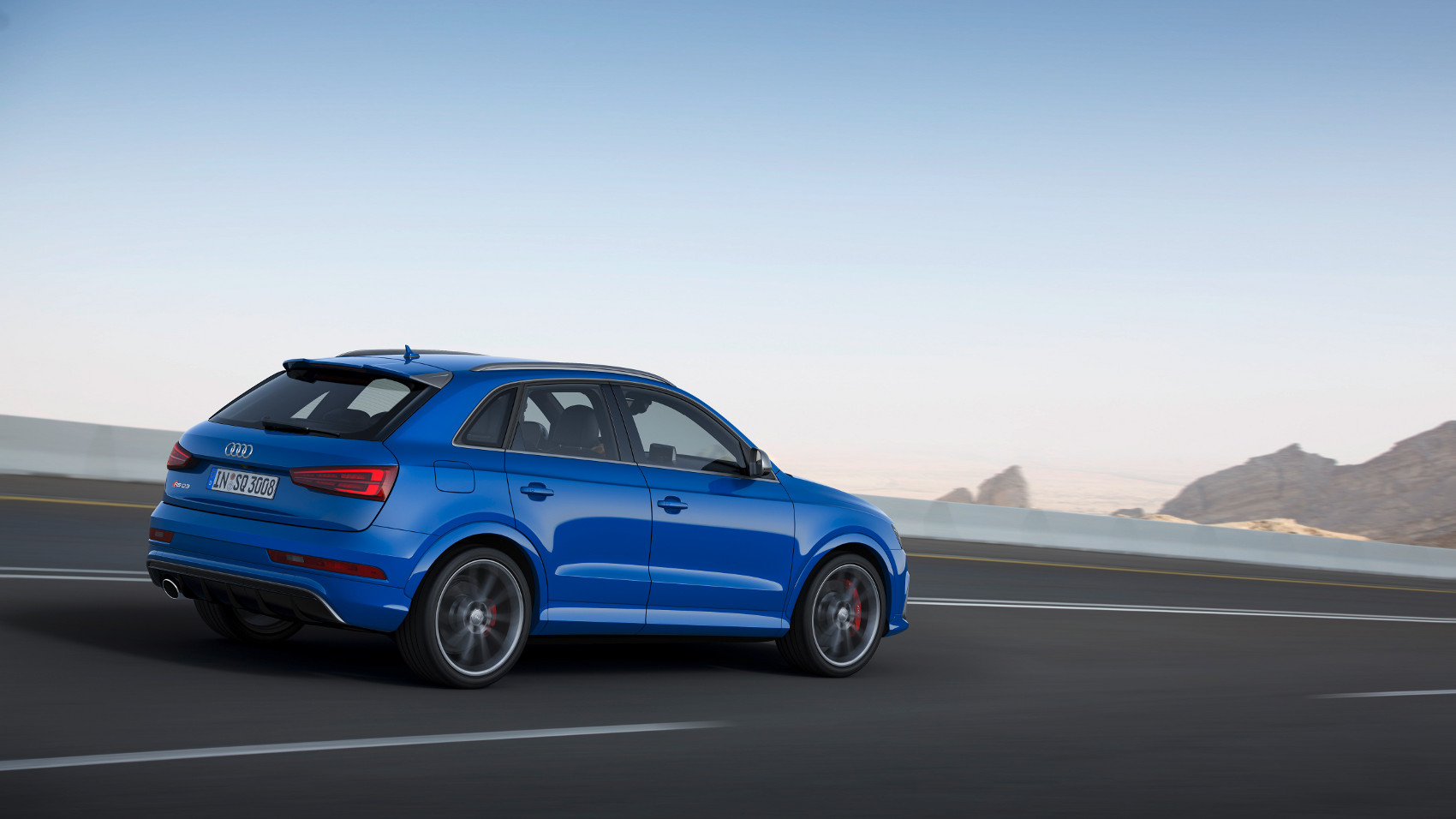 3-audi-rs-q3-performance.jpg