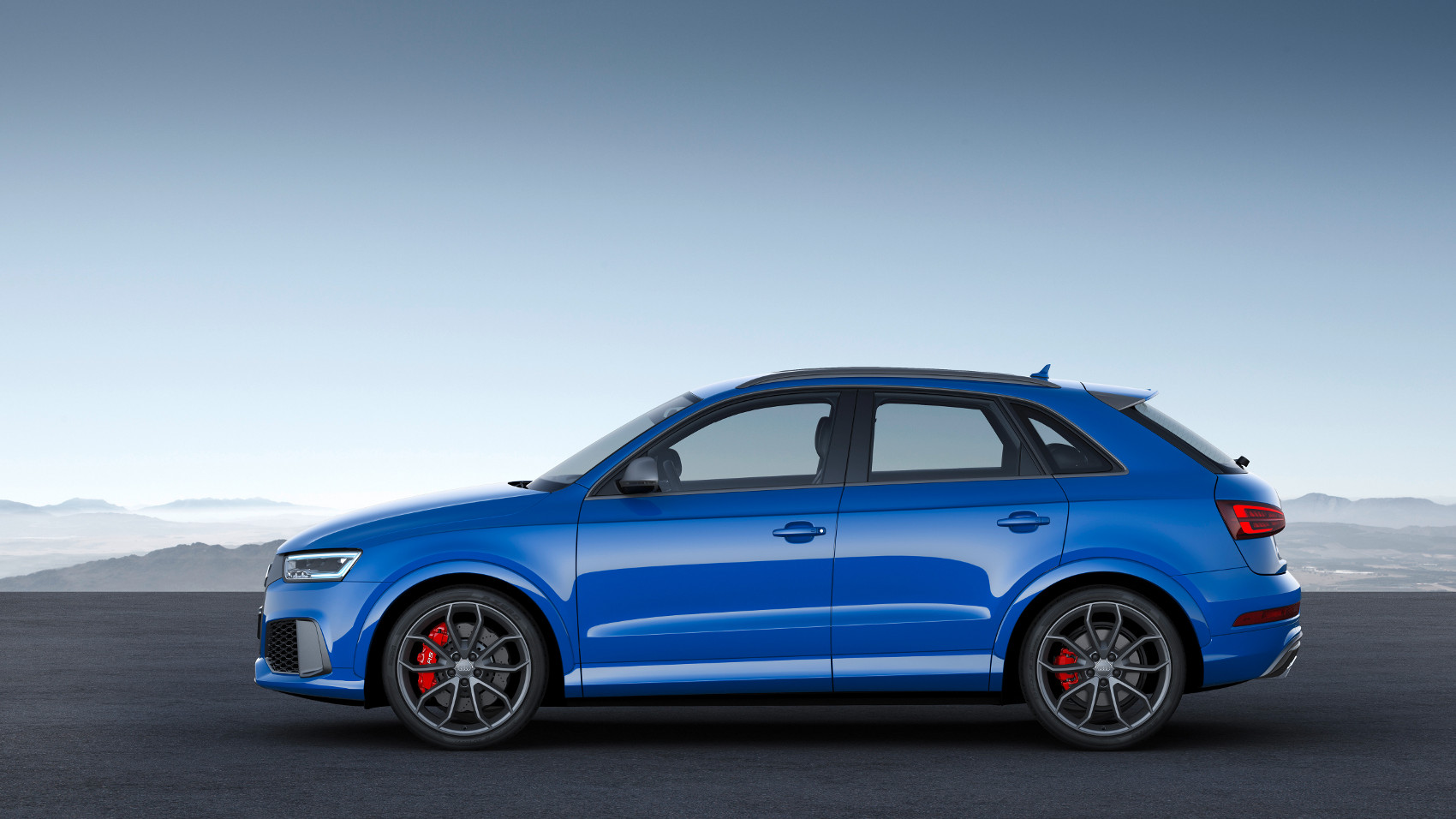 4-audi-rs-q3-performance.jpg