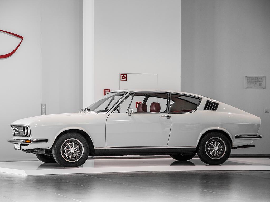8-audi-100-coupe-s.jpeg