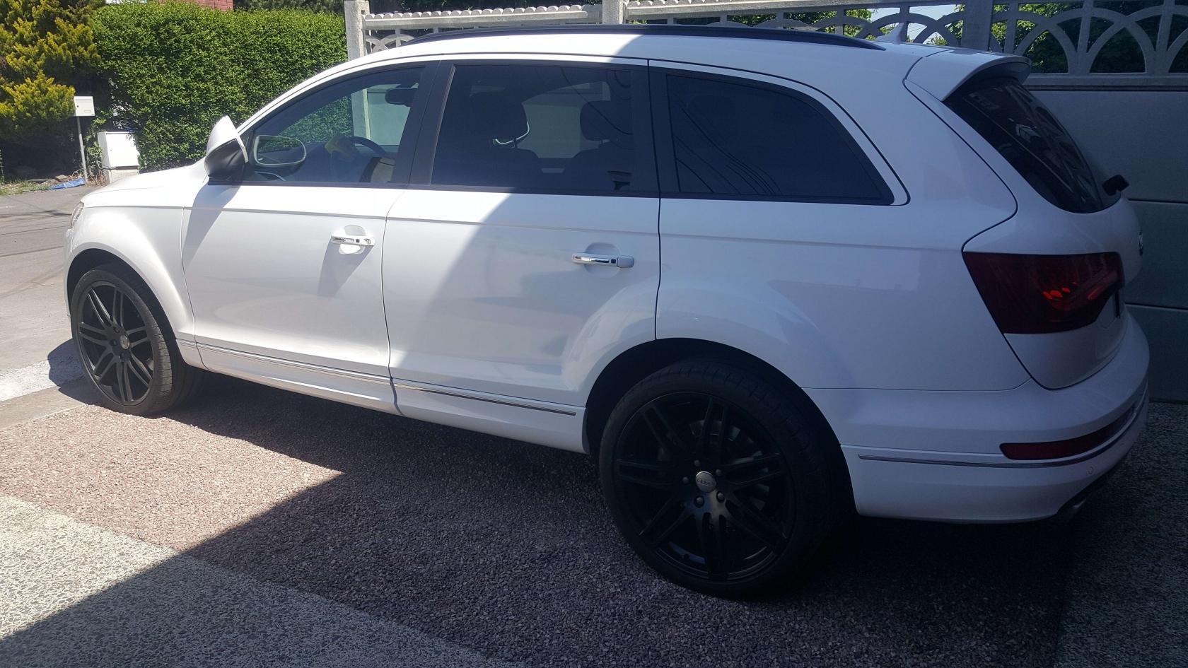 Audi-Q7.jpeg