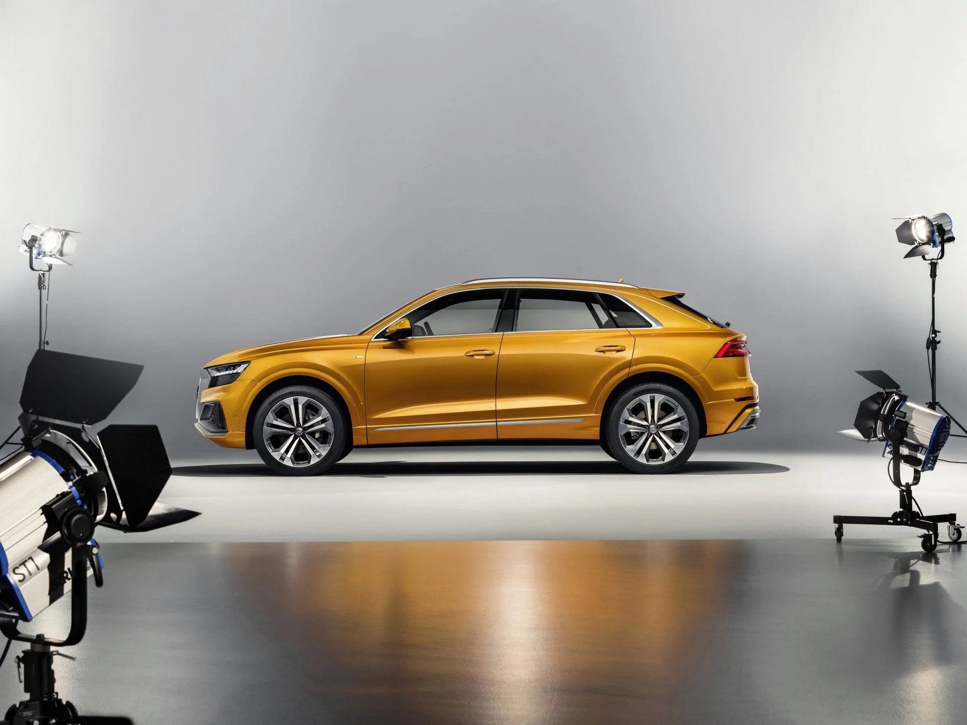 1-Presentation-Audi-Q8.jpg