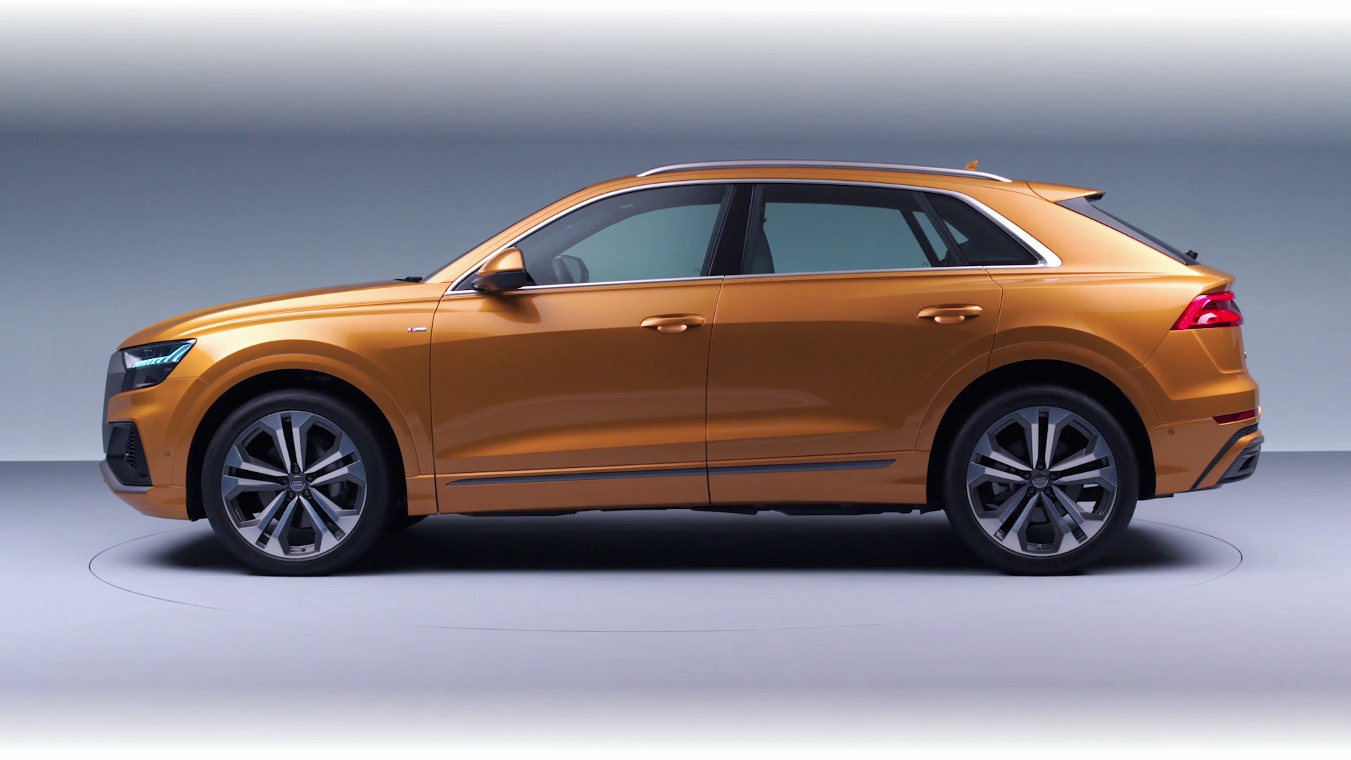 4-Presentation-Audi-Q8.jpg