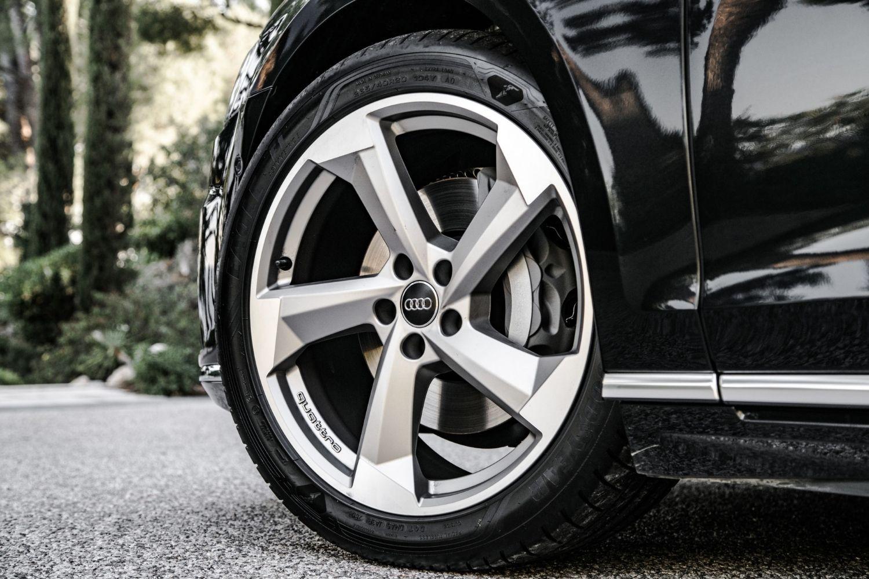 4-guide-bien-choisir-les-pneus-de-son-audi.jpg