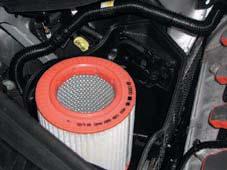 40Audi-A803-mecanique-moteur-filtre-air.jpg