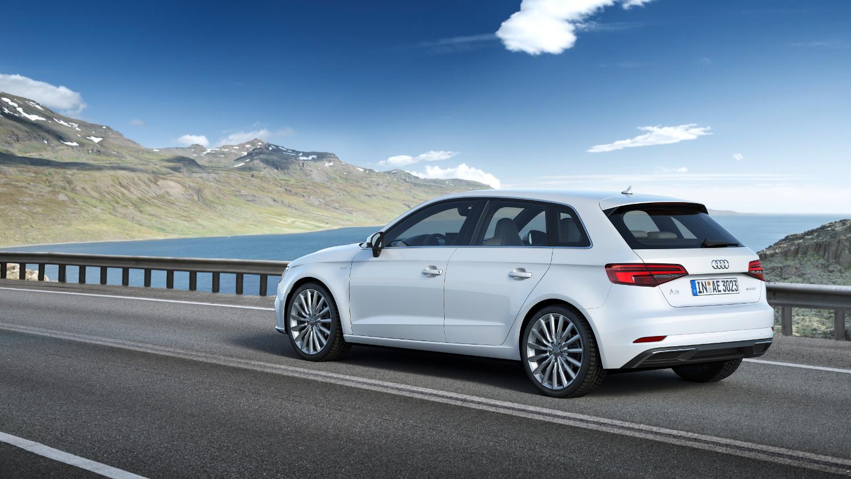 5-Audi-A3-sportback-e-tron-2016.jpg