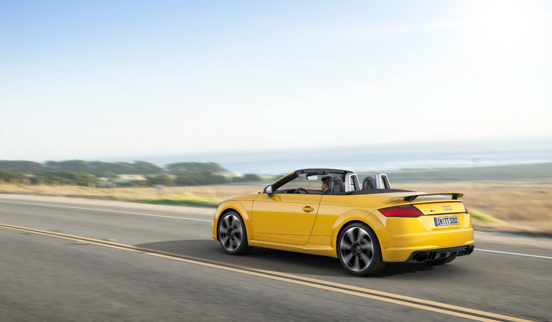 5-Audi-TT-RS-Roadster.jpg