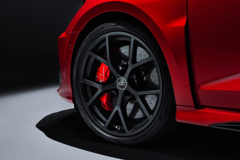 6-guide-bien-choisir-les-pneus-de-son-audi.jpg