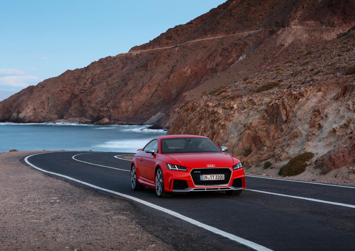 7-Audi-TT-RS-Coupe.jpeg