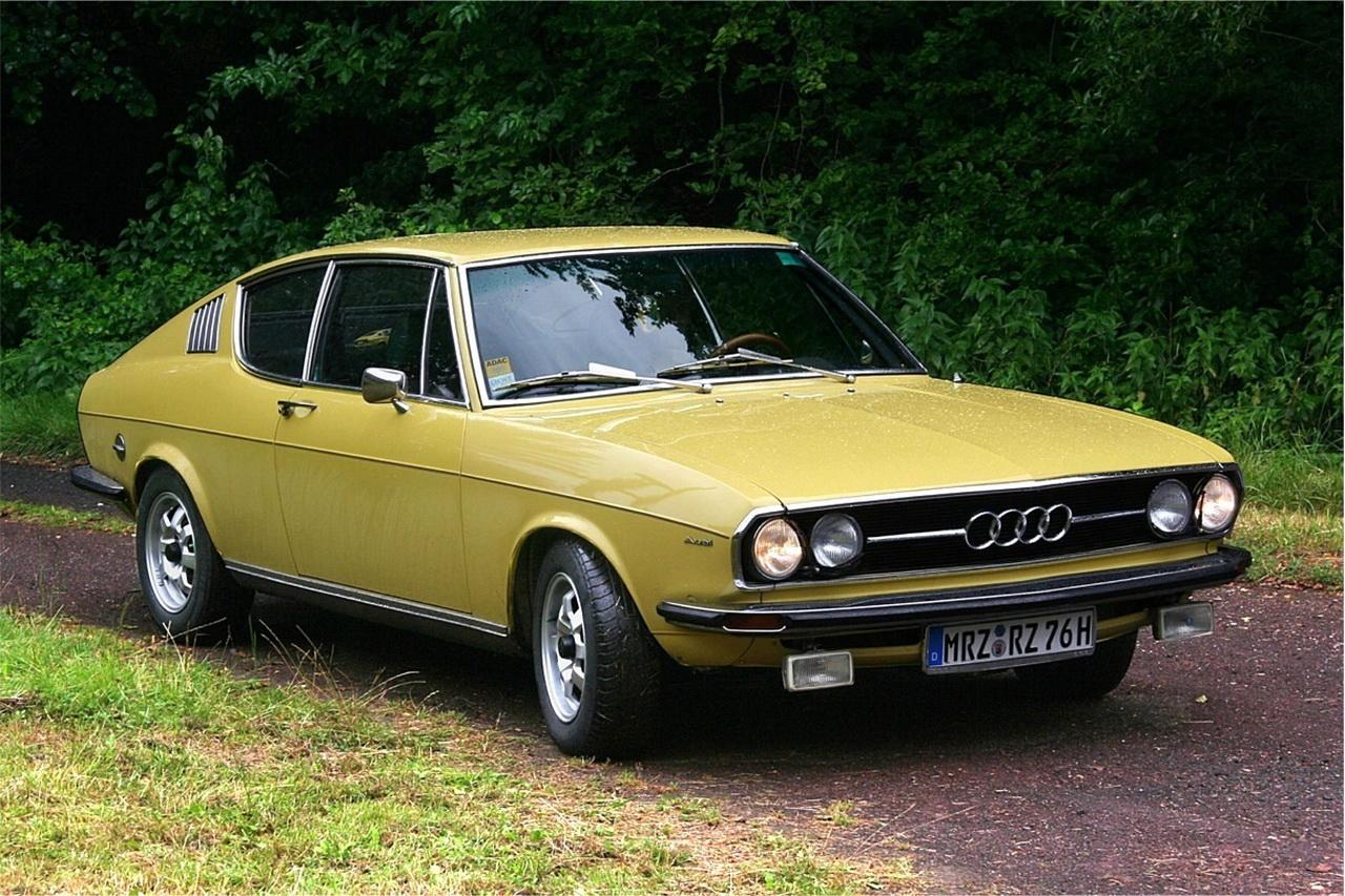 Audi-100-C1-5
