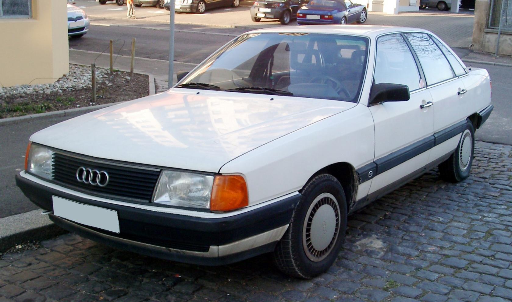 Audi-100-C3-2