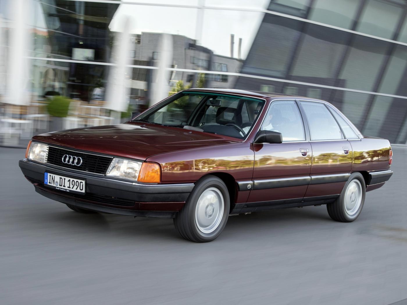 Audi-100-C3-8