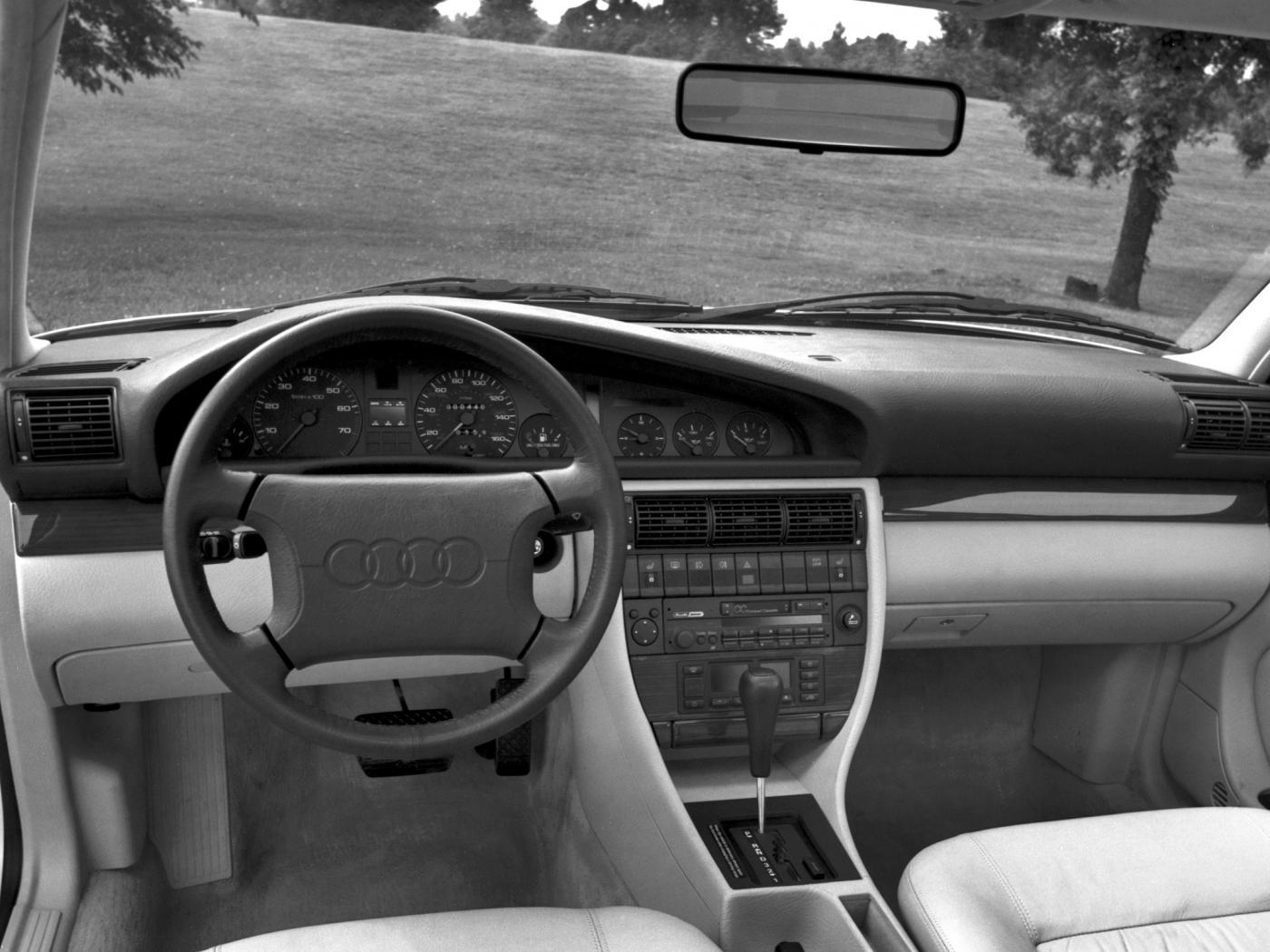 Audi-100-C4-2