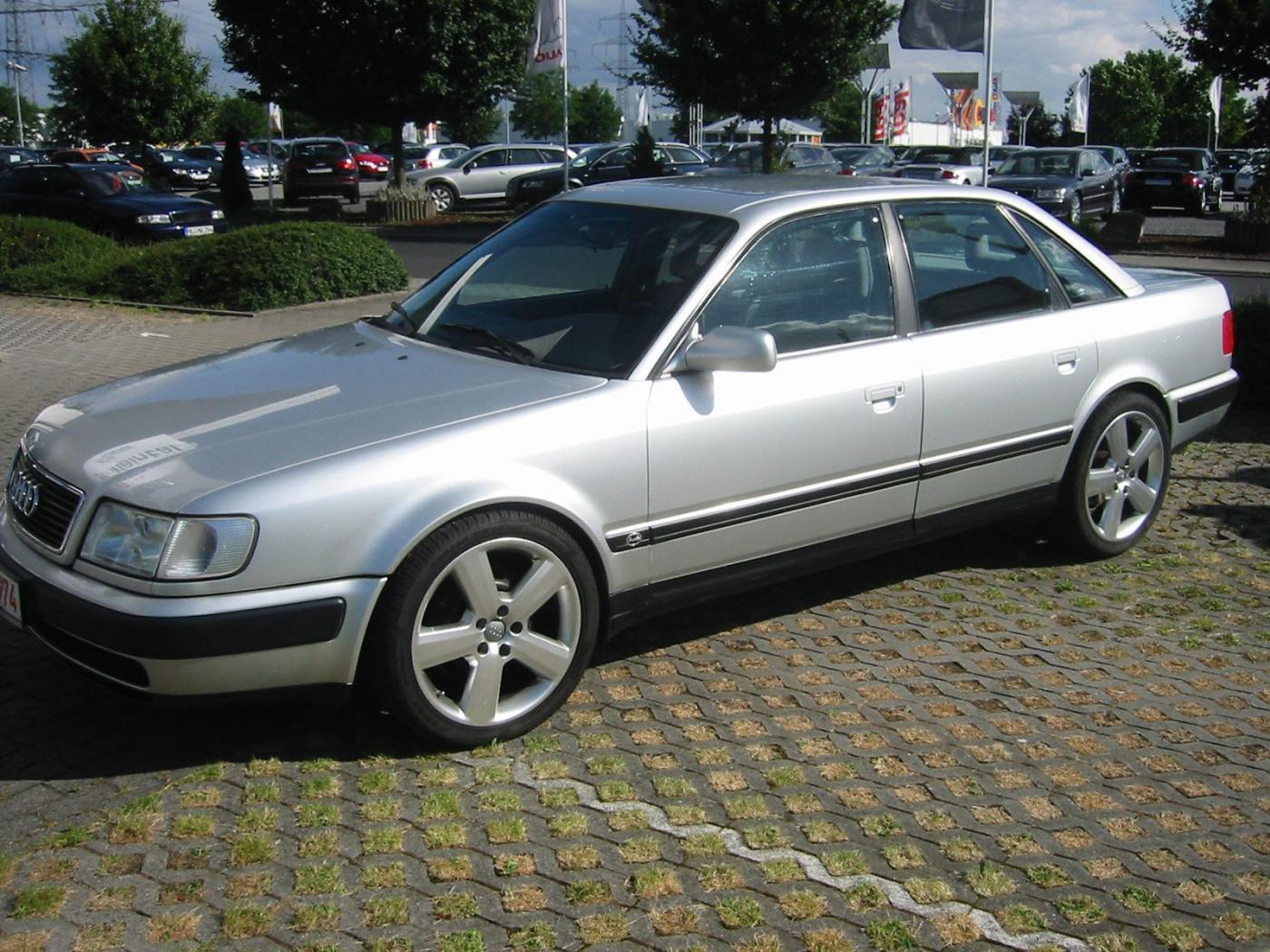 Audi-100-C4-4