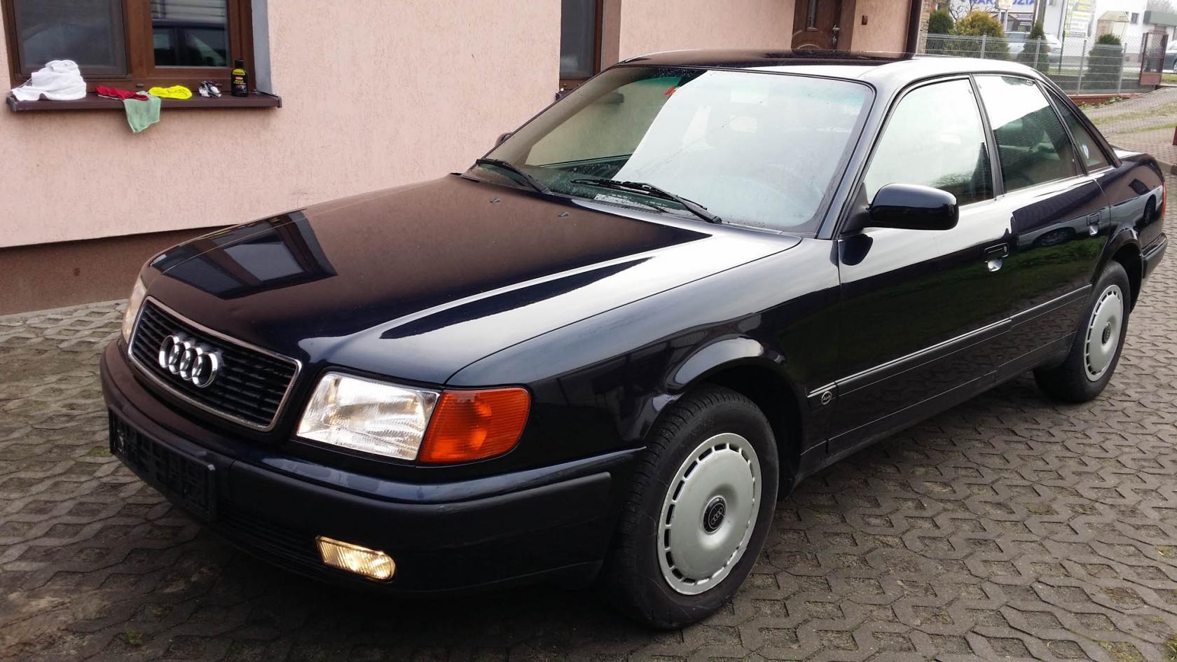 Audi-100-C4-6