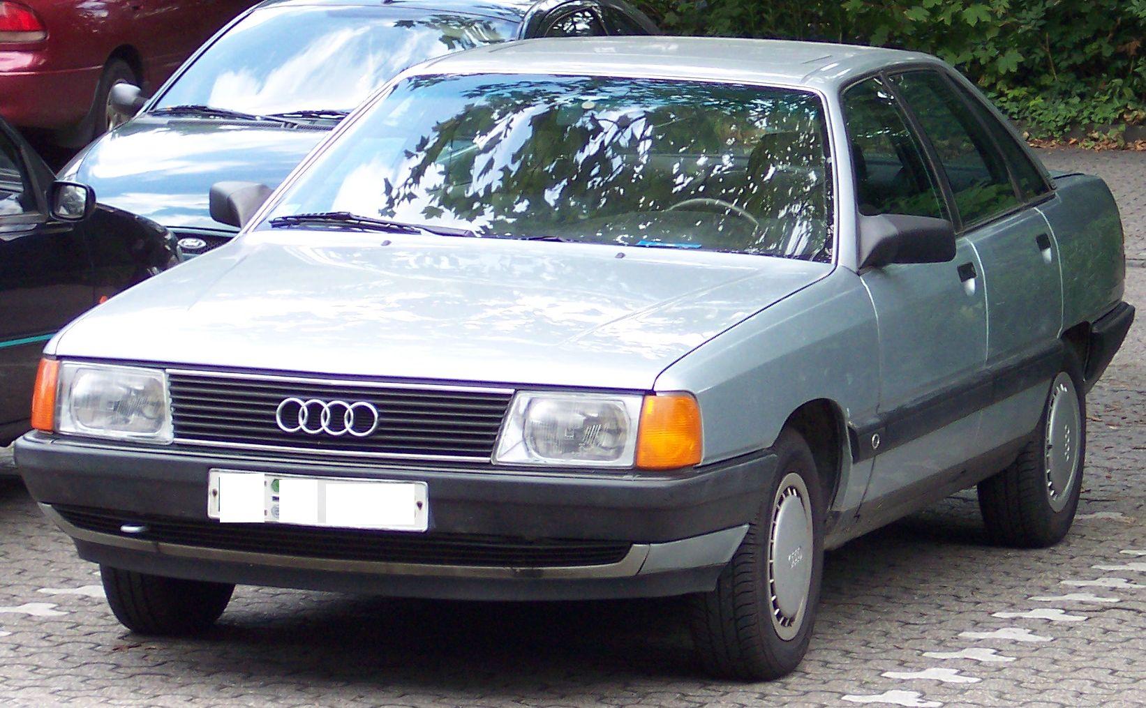Audi-100-C4-7