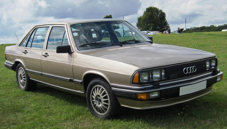 Audi-200-C2-1