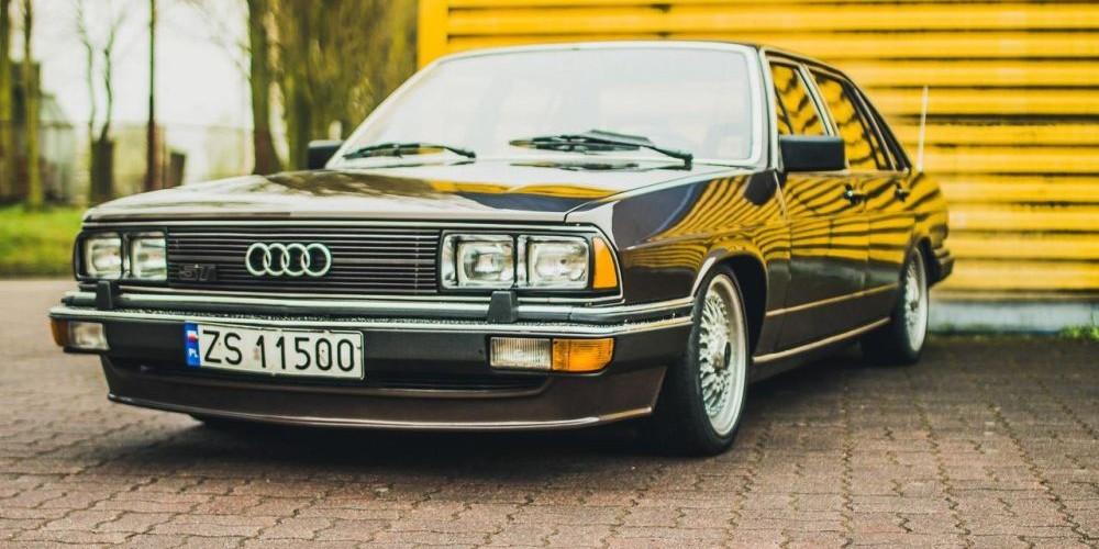 Audi 200 C2-3
