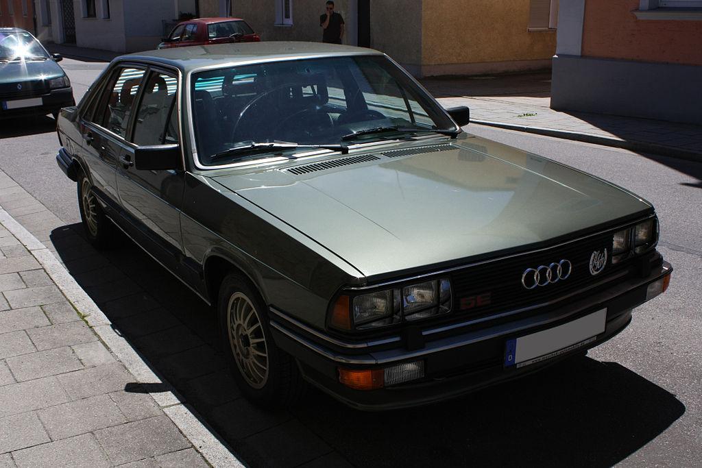 Audi-200-C2-7