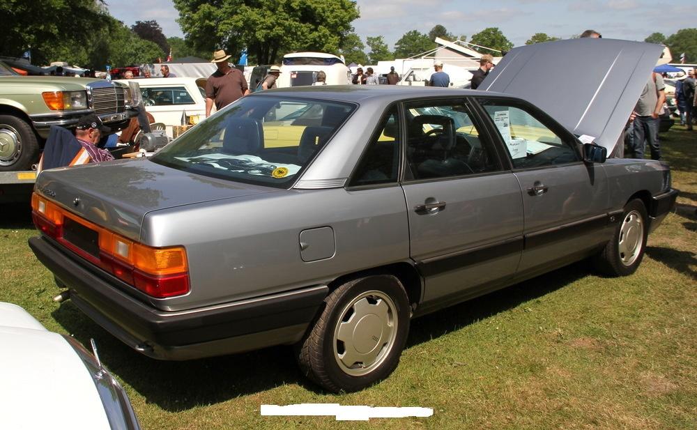 Audi-200-C3-5