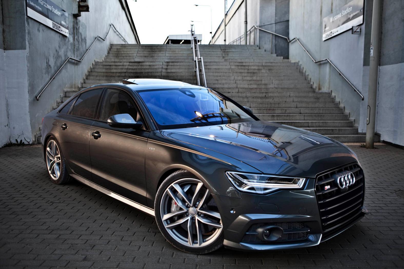 Audi-8