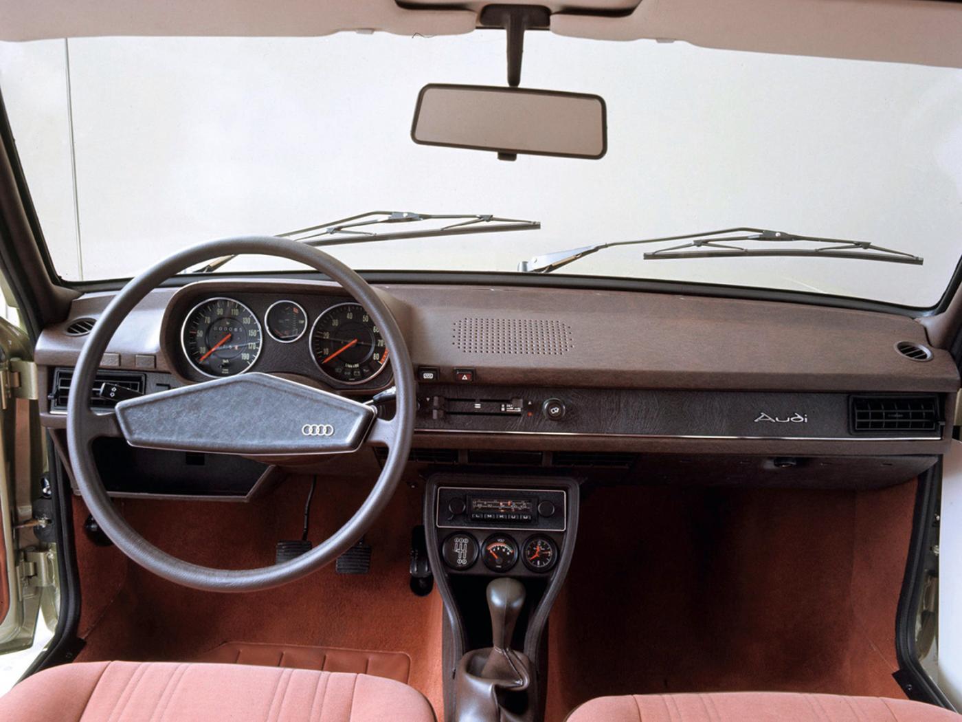 Audi-80-B1-2