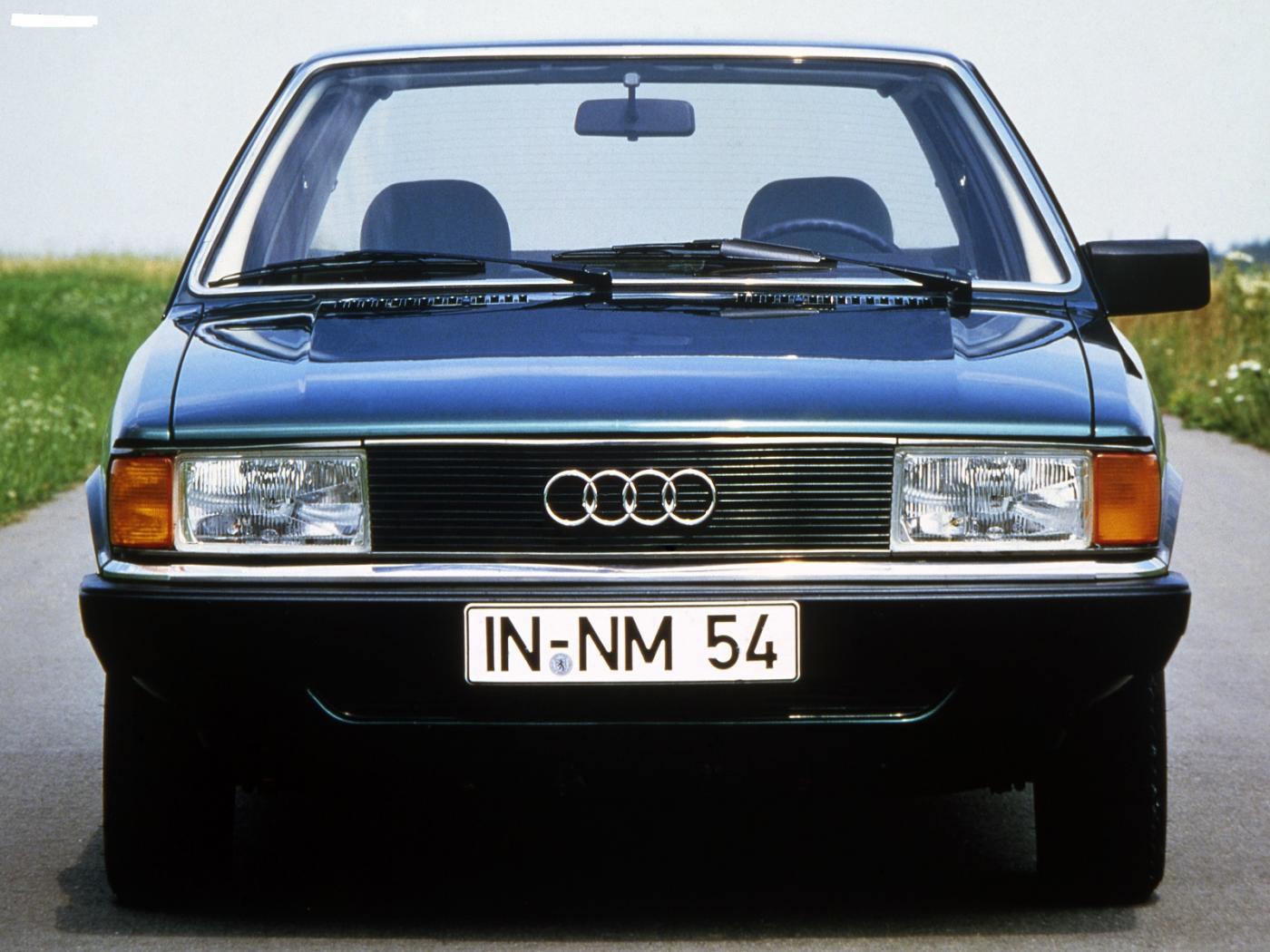 Audi-80-B2-5