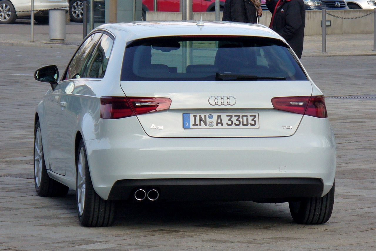 Audi-A3-8V-2