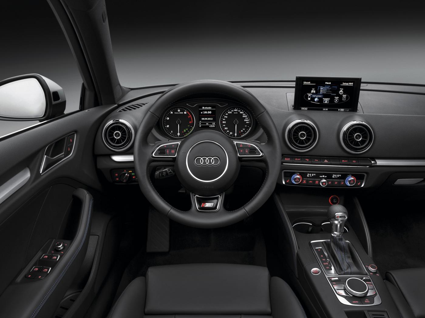 Audi-A3-8V-3