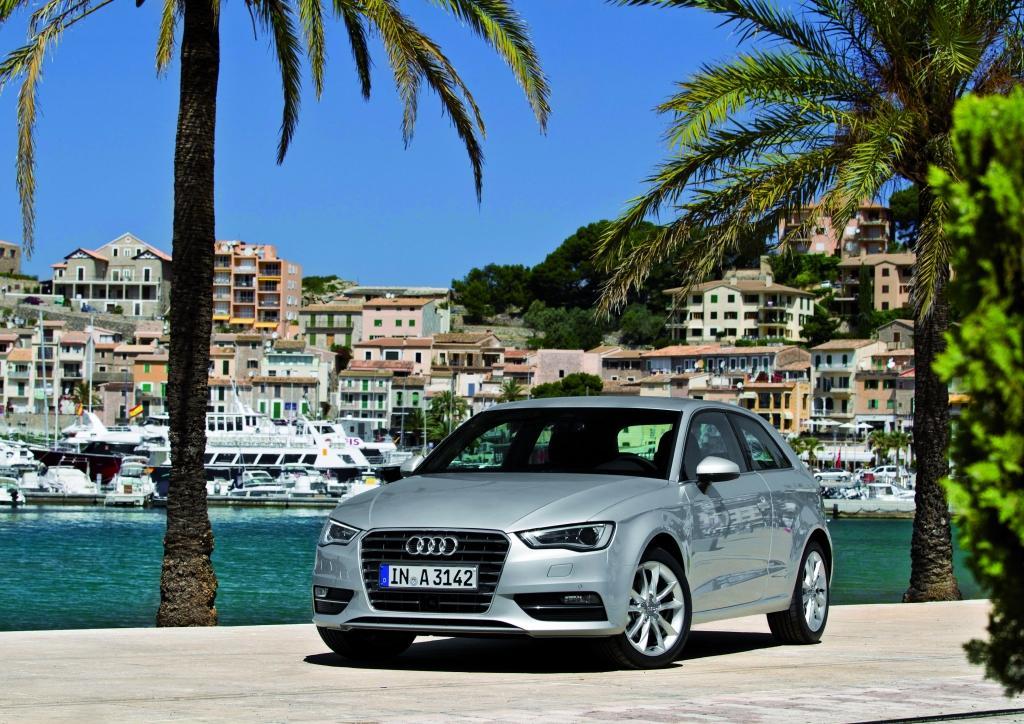 Audi A3 au bord de mer