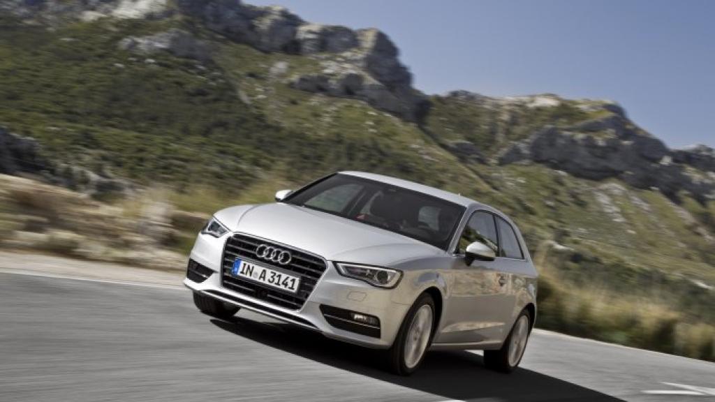 Audi A3 sur route