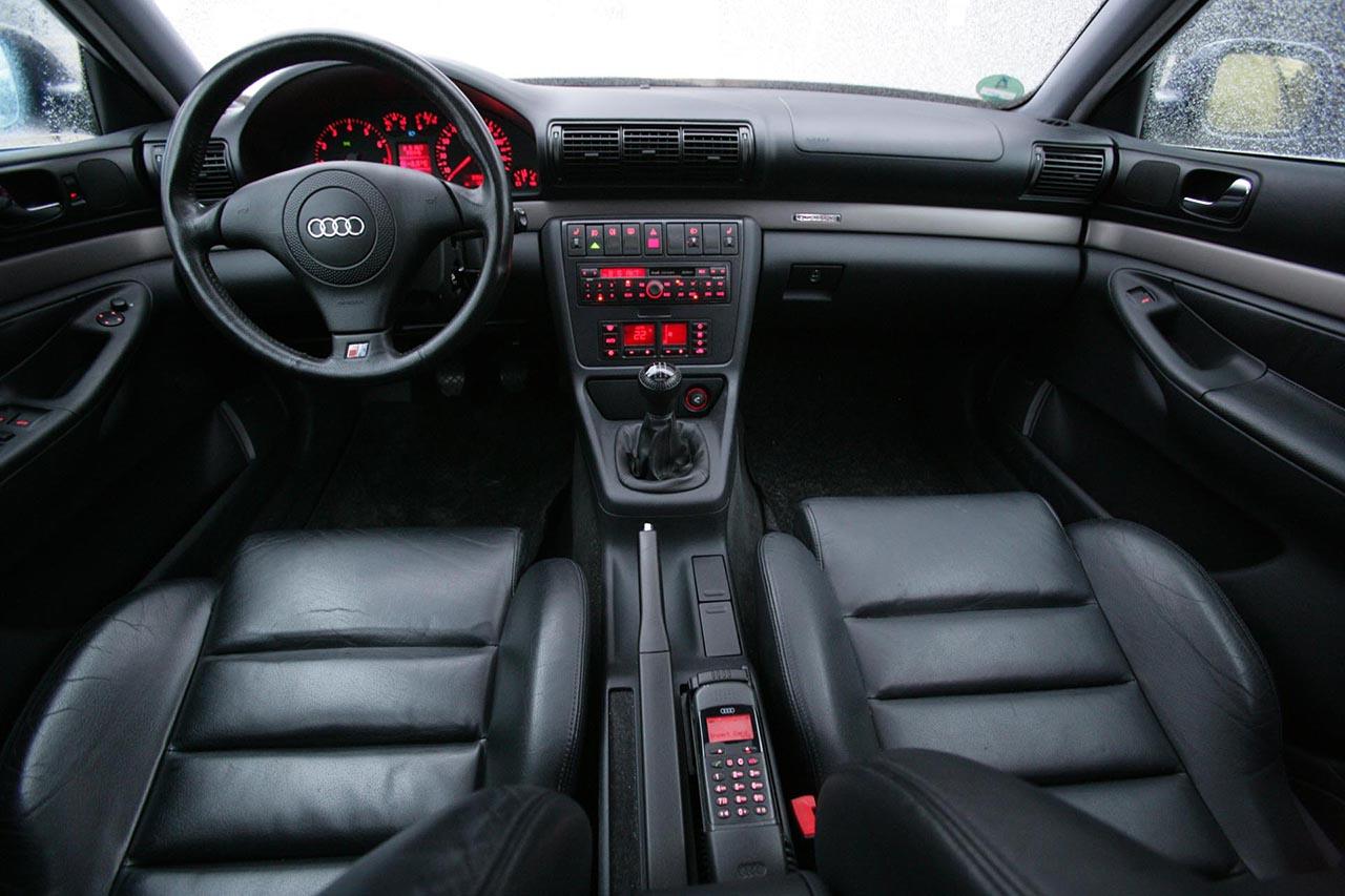 Audi-A4-B5-3