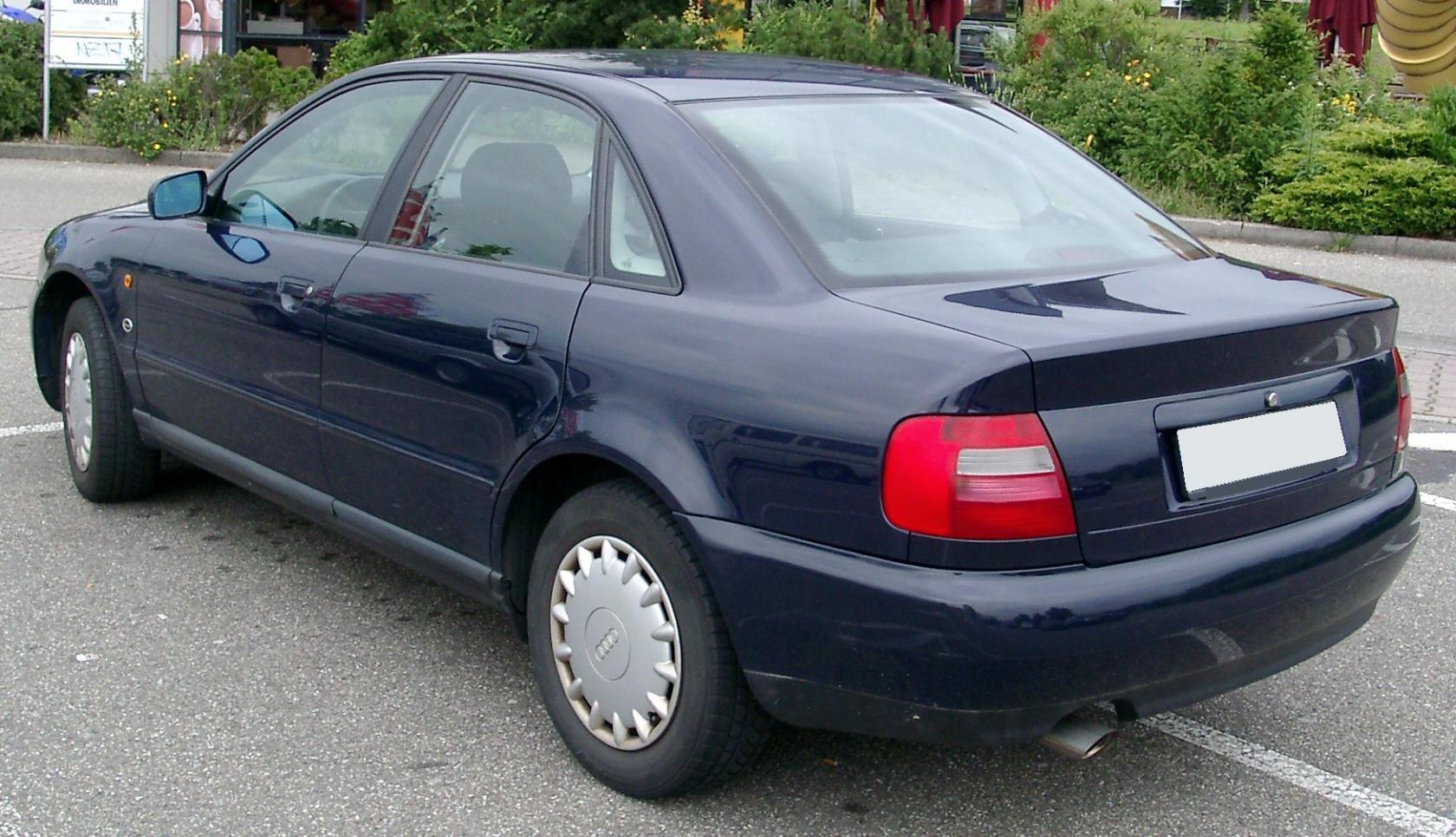 Audi-A4-B5-4