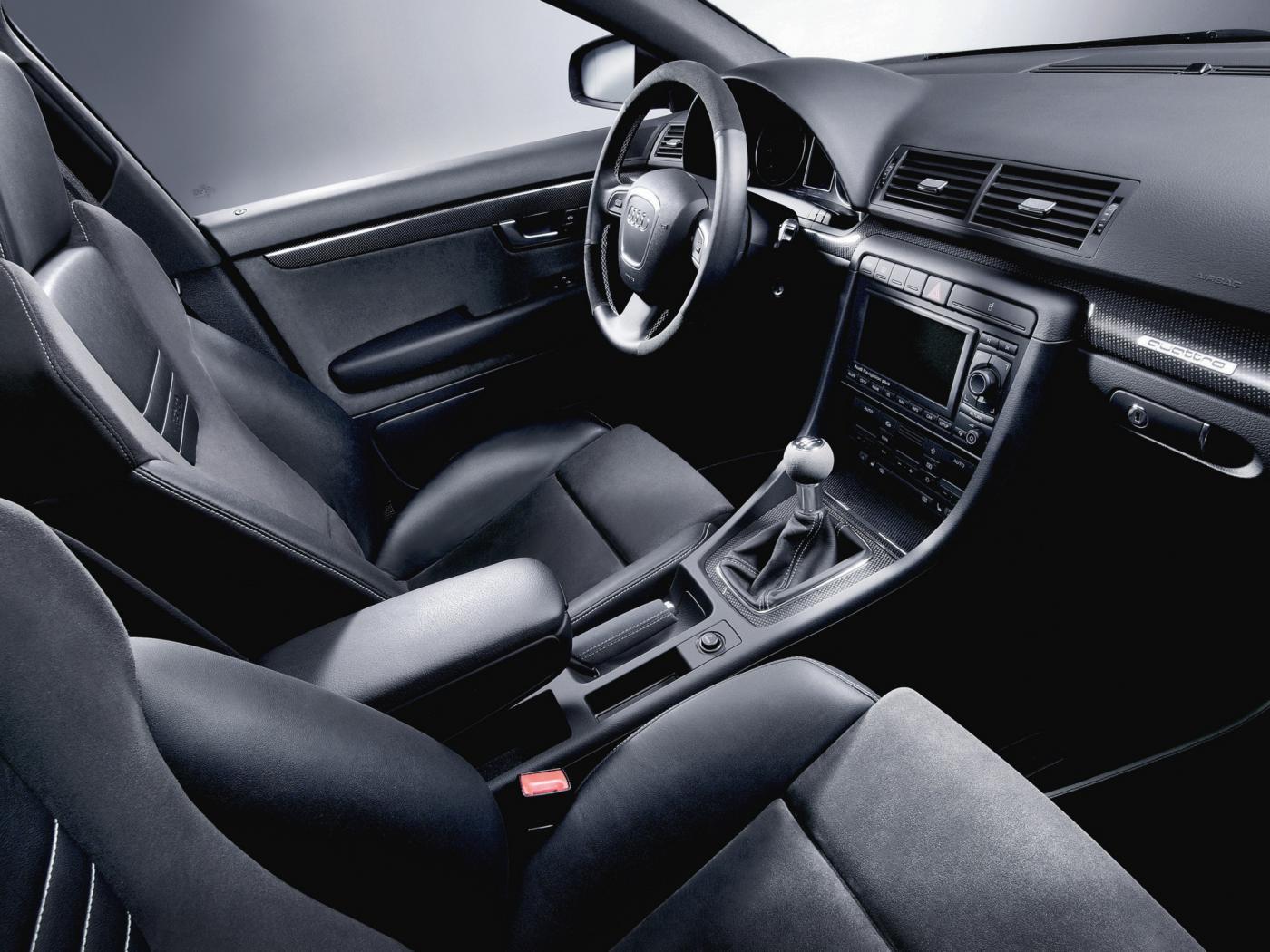 Audi-A4-B7-4