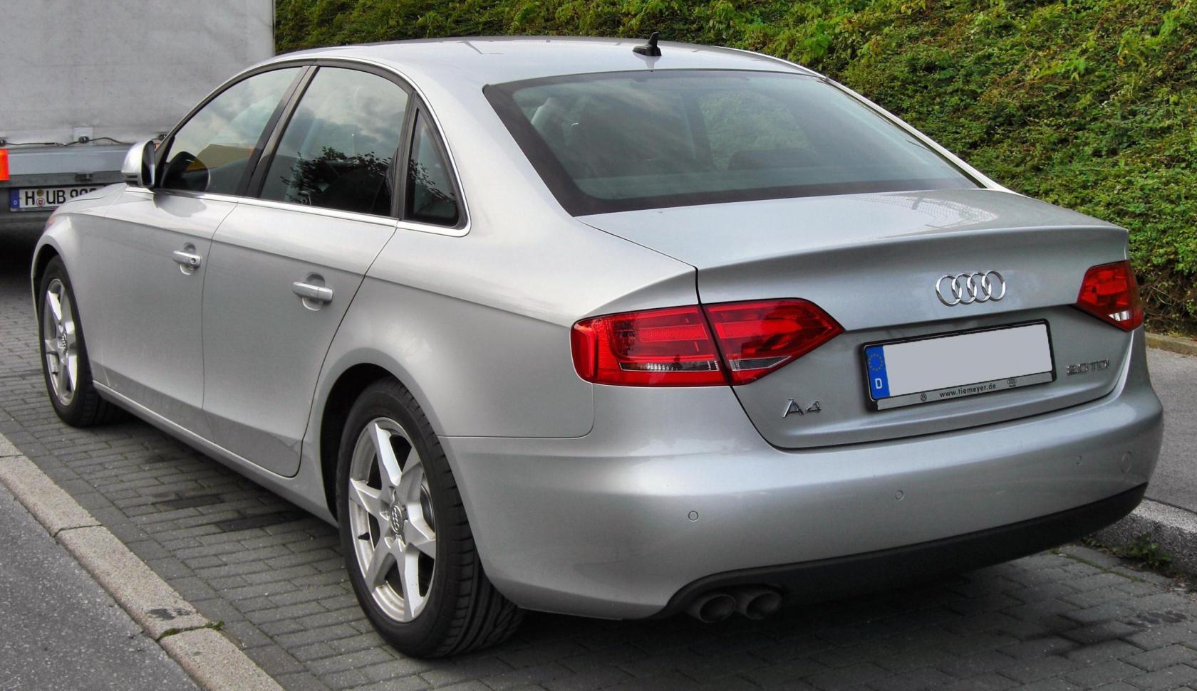 Audi-A4-B8-7