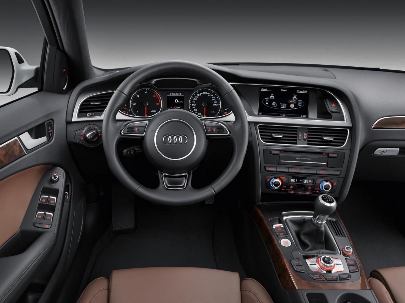 Audi-A4-B8-8