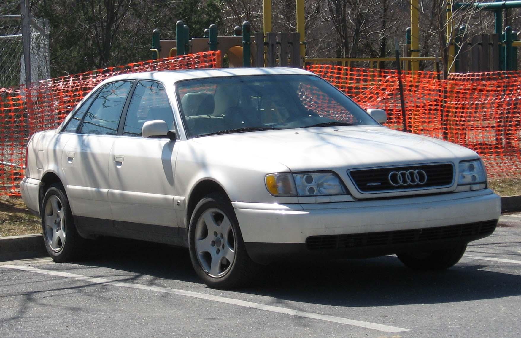 Audi-A6-C4-4