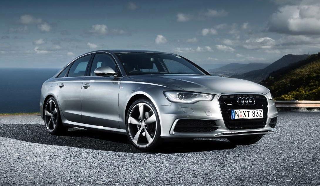 Audi A6 sur route