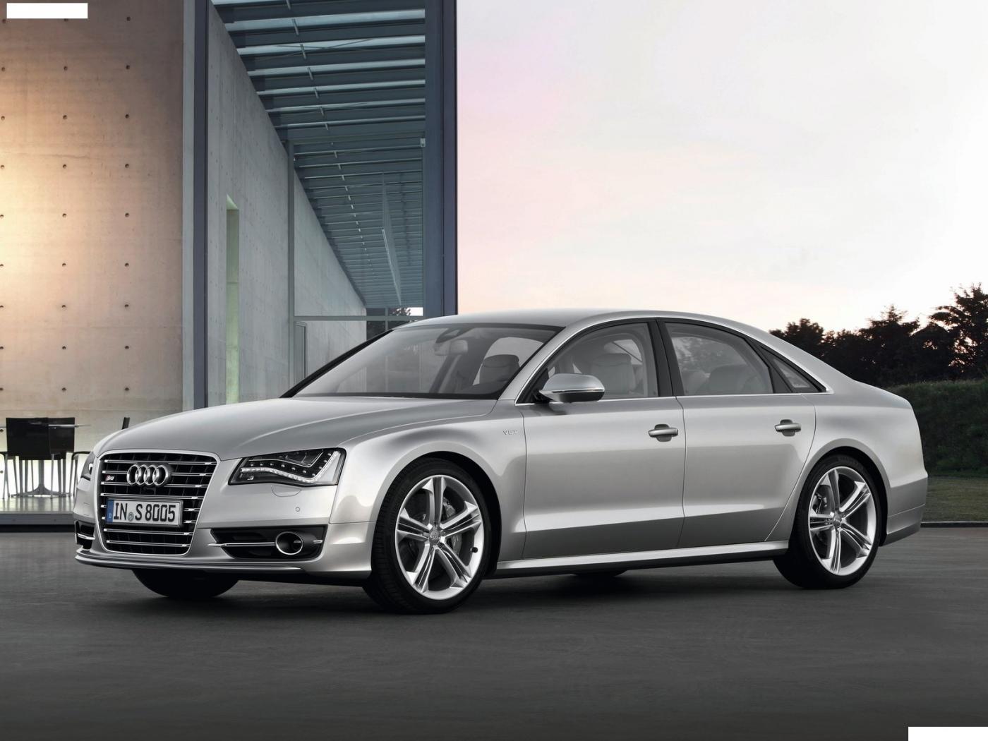 Audi-A8-D4-3
