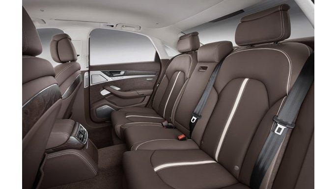 Audi A8 vue intérieure arrière