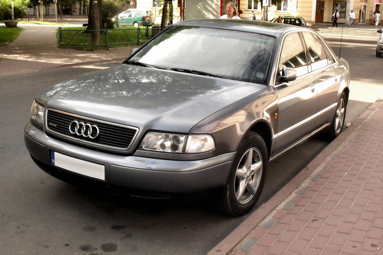 Audi-A8D2-1