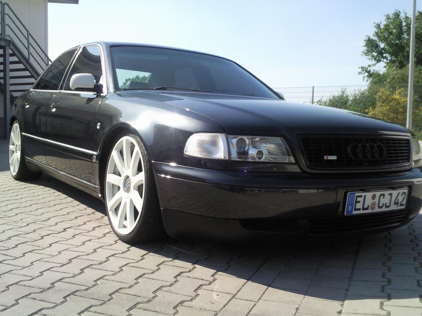 Audi-A8D2-3