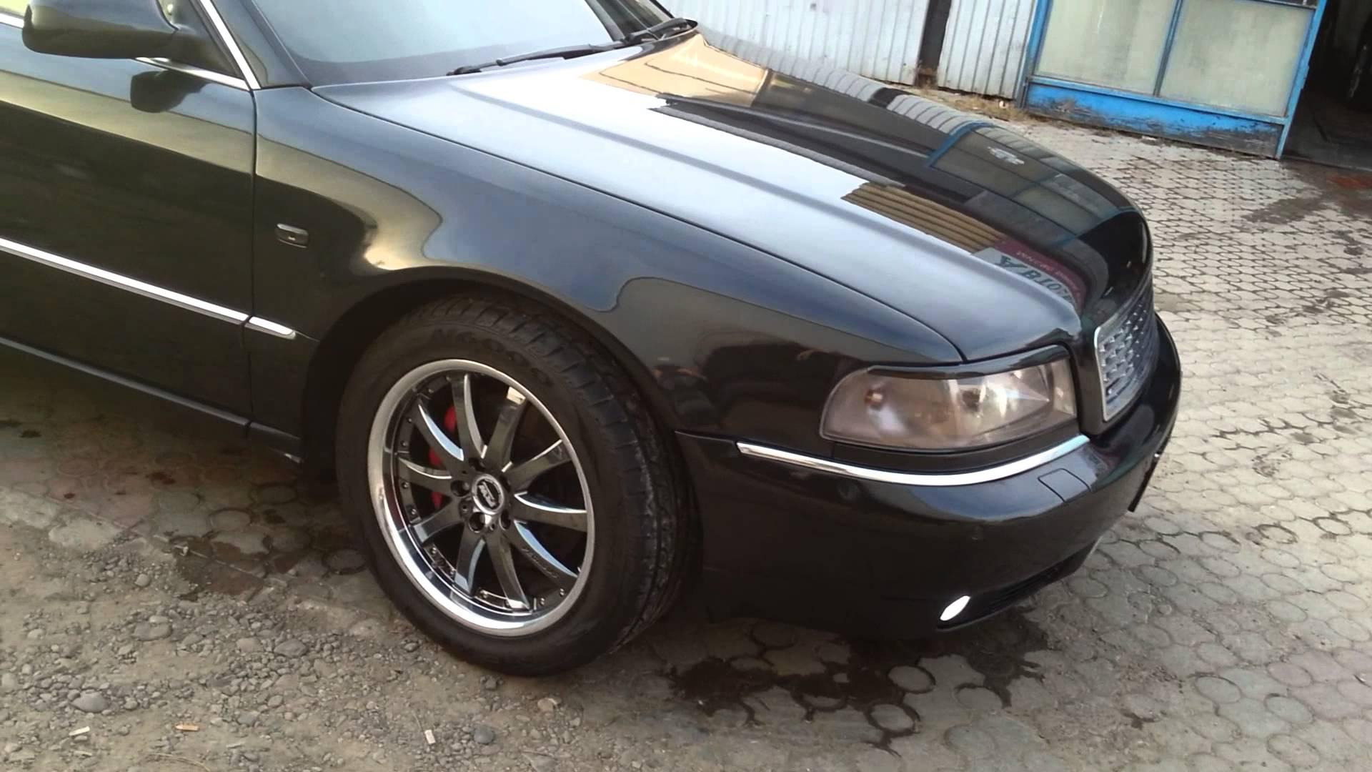 Audi-A8D2-7