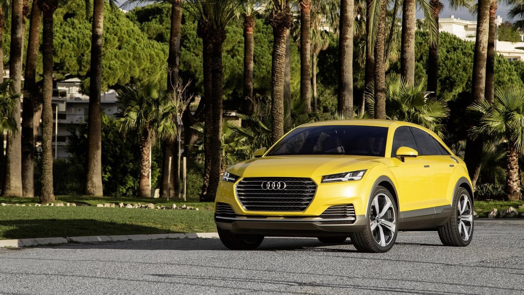 Audi-Q4-5