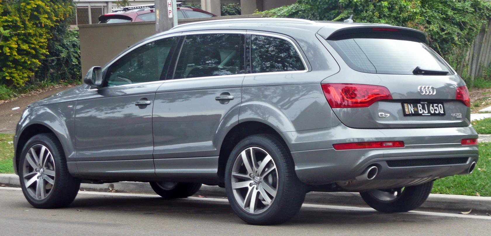 Audi-Q7-3