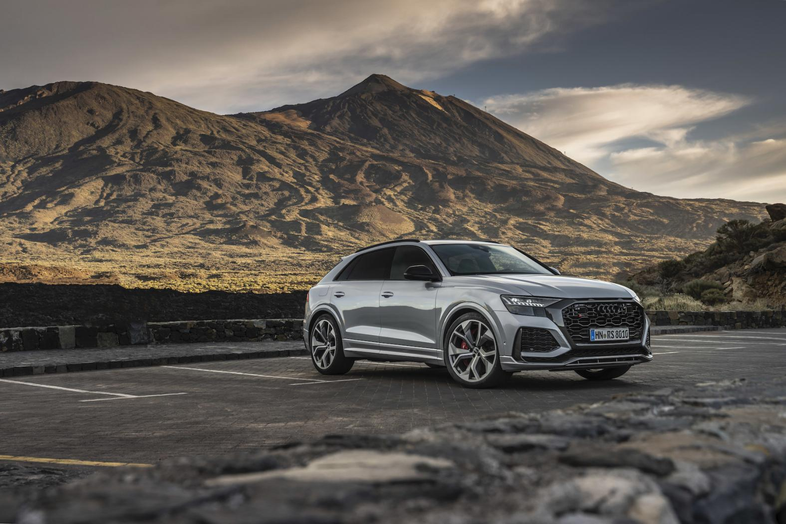 Audi-Q8-Presentation-1.jpeg