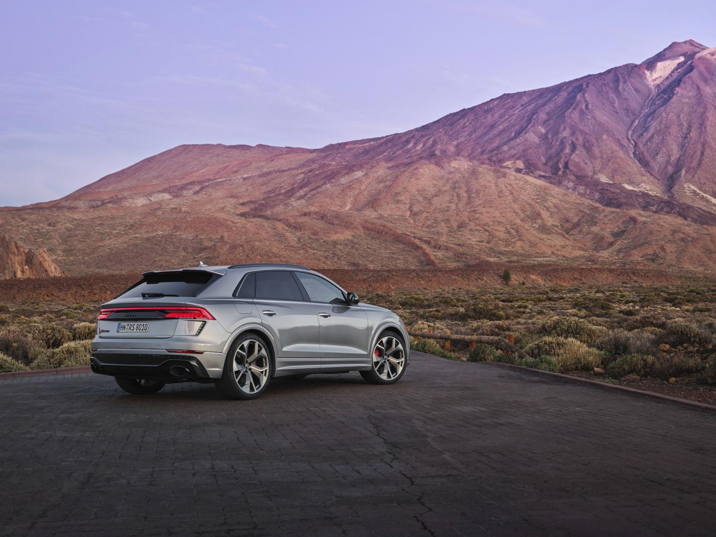 Audi-Q8-Presentation-2.jpeg
