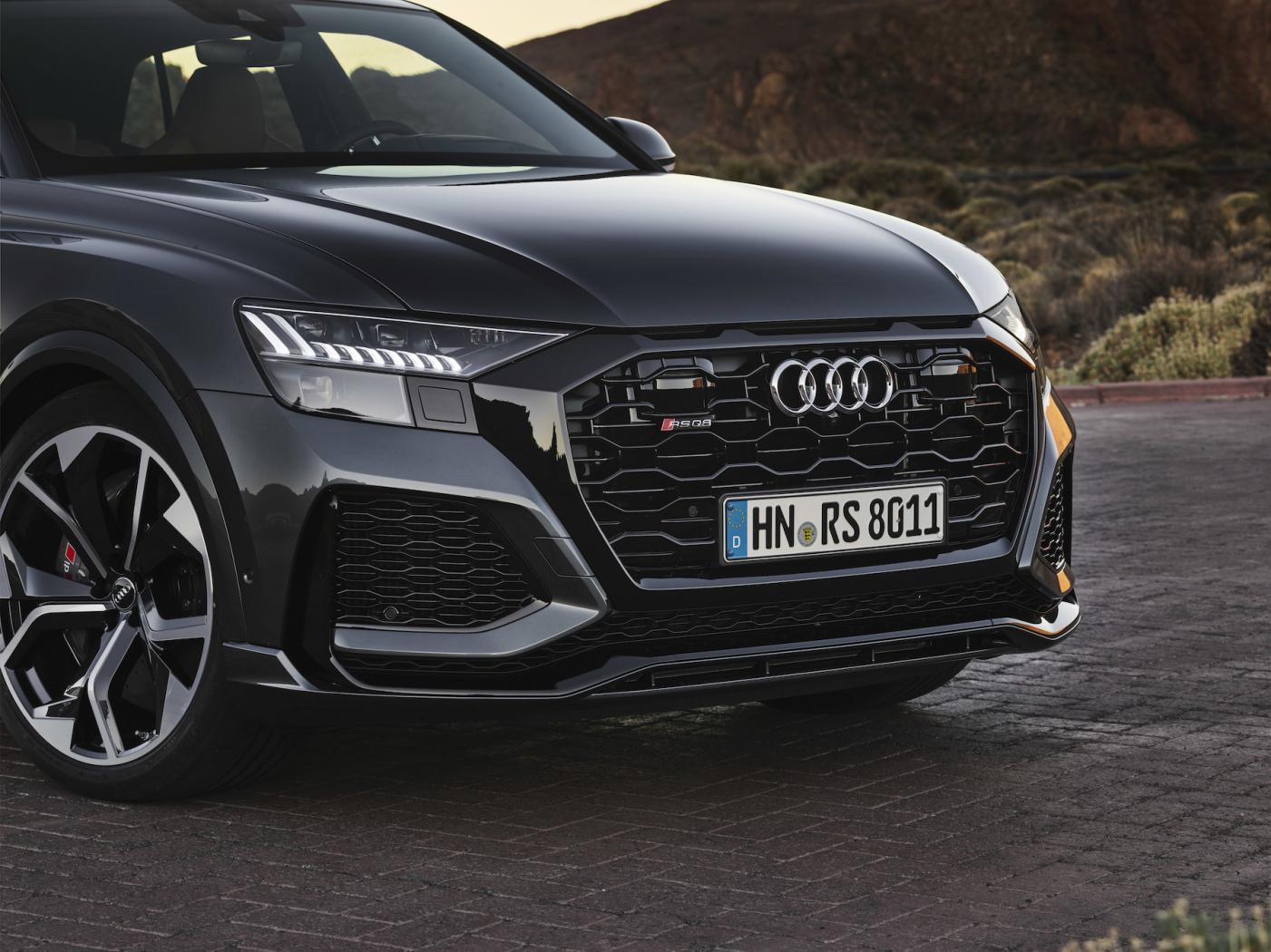 Audi-Q8-Presentation-3.jpeg