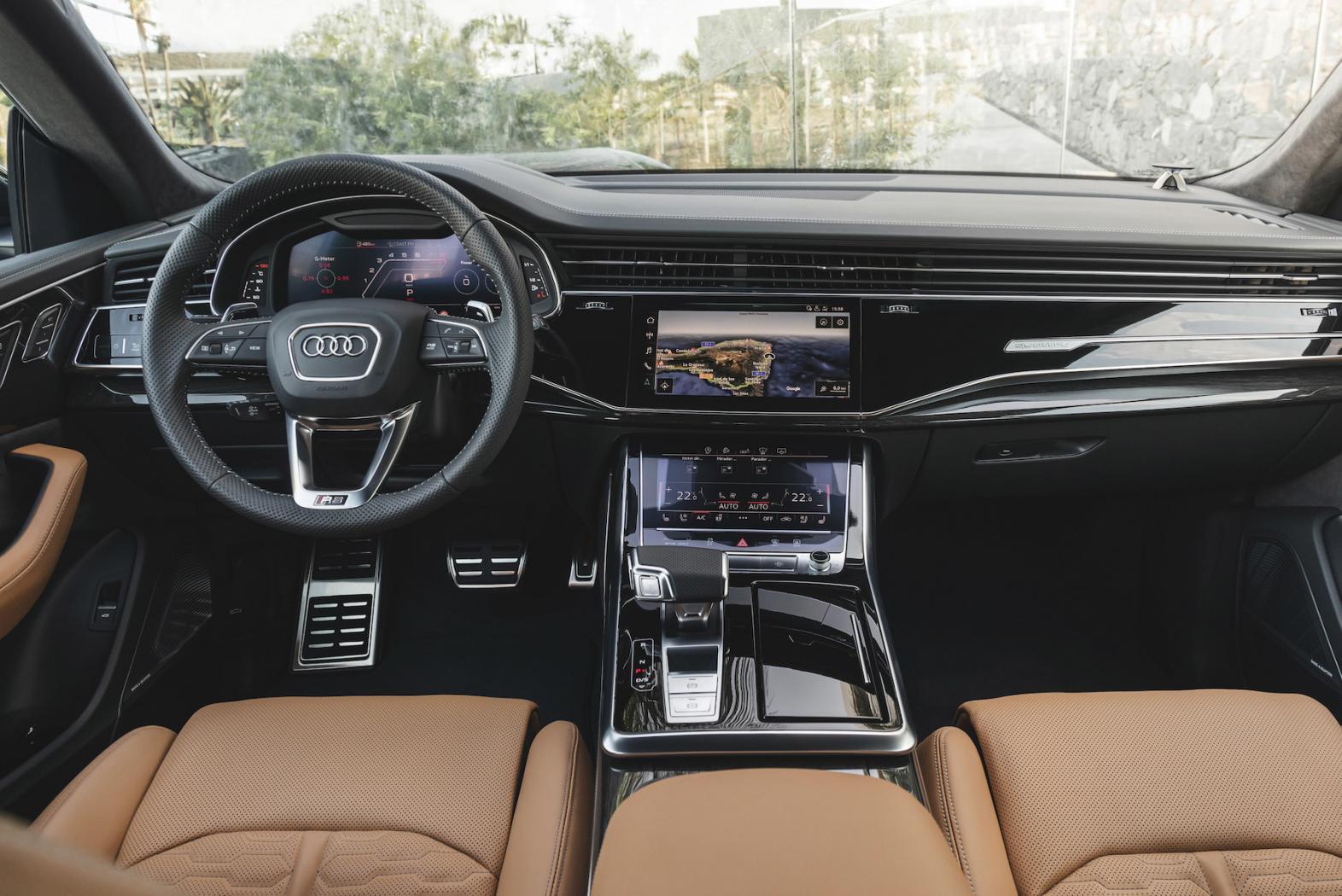 Audi-Q8-Presentation-4.jpeg