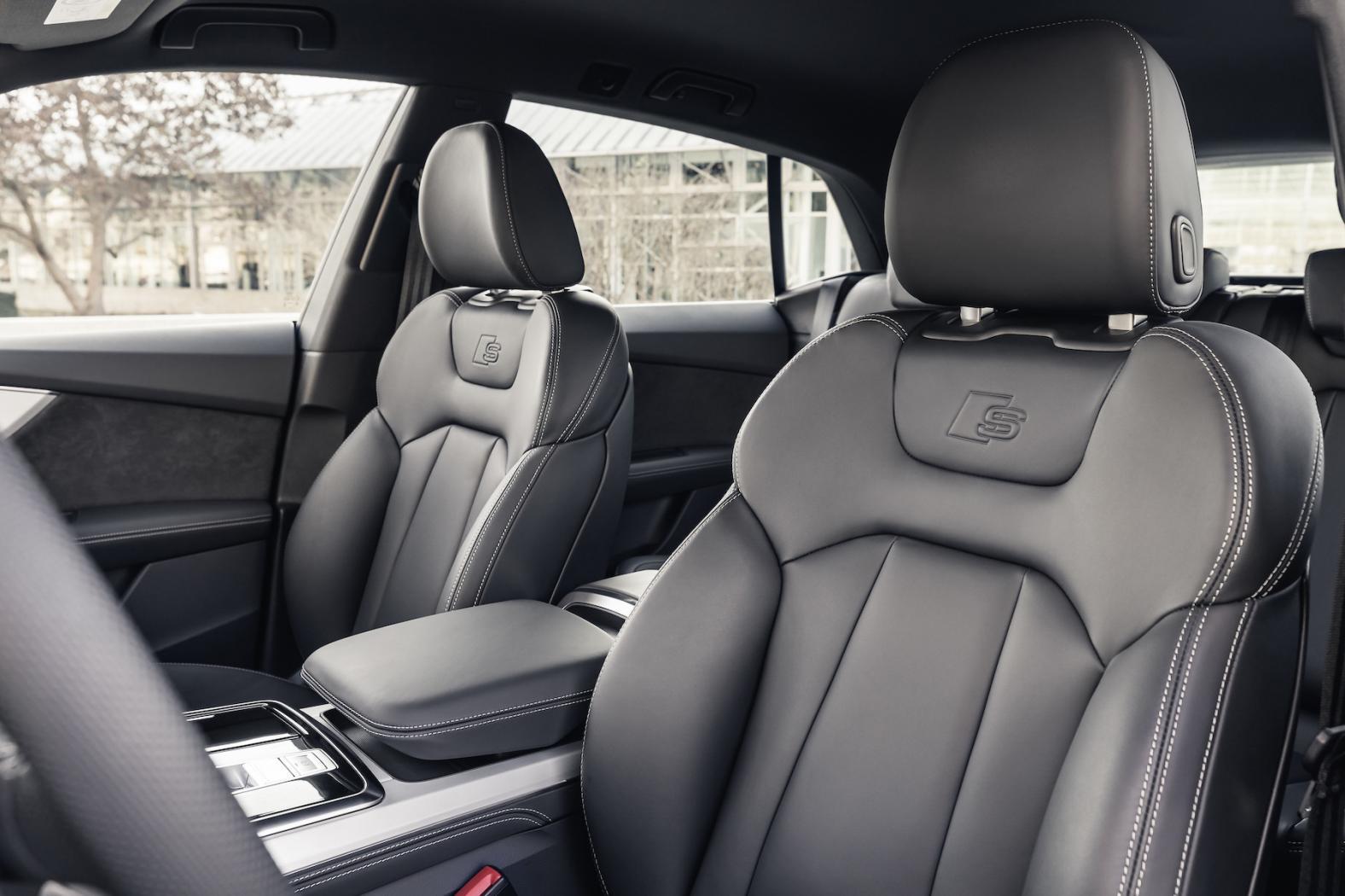 Audi-Q8-Presentation-5.jpeg